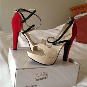Brand new Venus heels